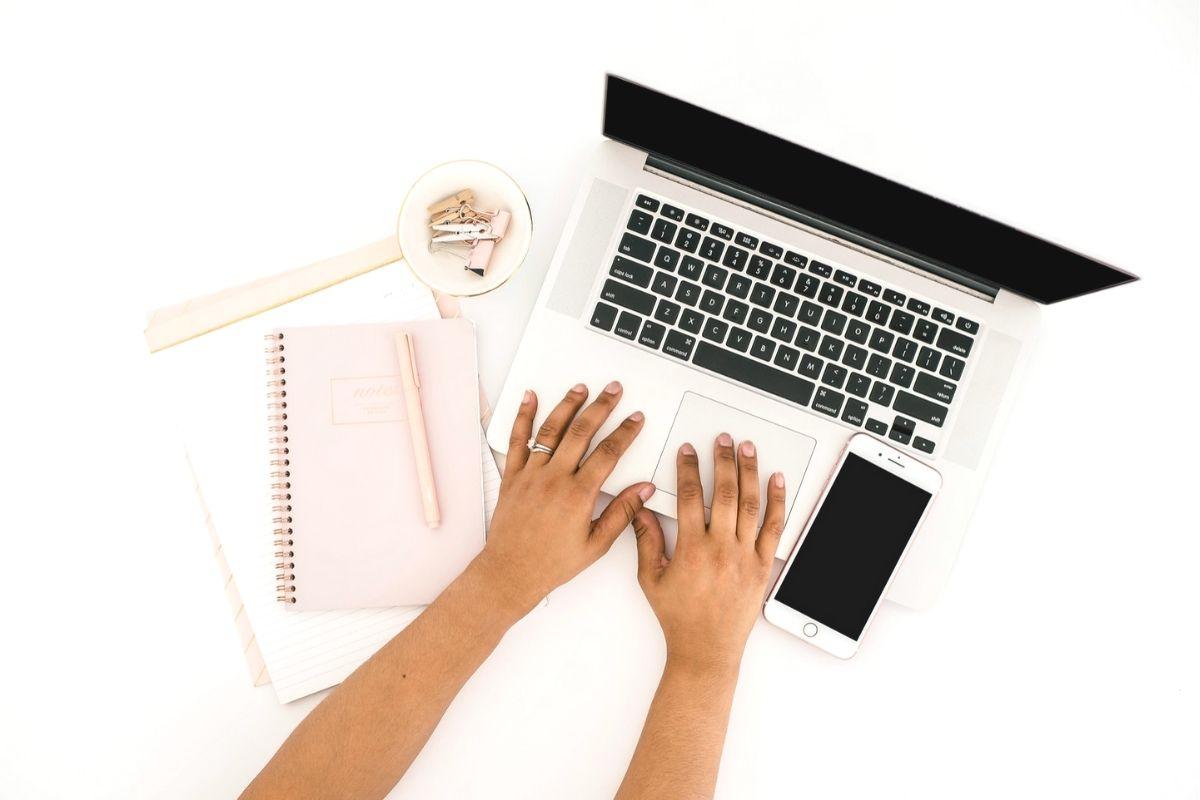 start a blog 2020 2021 - make money blogging